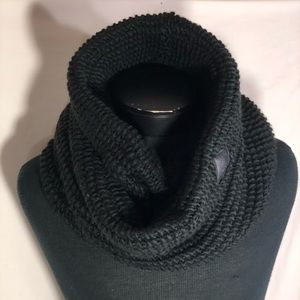 North Face Womens Twist Cowl Neck Infinity Scarf